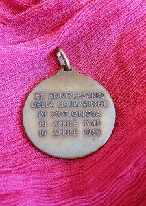 medaglia bronzea retro (2)